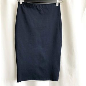 🌷3 FOR $25 SALE🌷 Zara deep blue pencil skirt